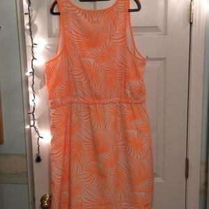 GAP Dresses - Fun leaf patterned dress